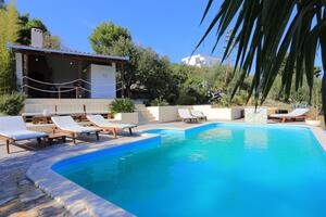 Family friendly apartments with a swimming pool Okrug Gornji, Ciovo - 16608
