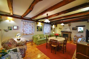Paz, Obývací pokoj v ubytování typu house, WiFi.