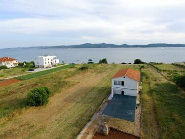 Sukošan, Zadar, Объект 16646 - Апартаменты вблизи моря со скалистым пляжем.