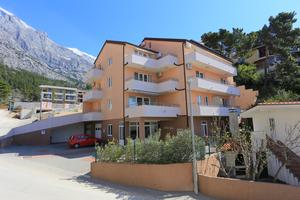 Apartments with a parking space Baška Voda (Makarska) - 16664