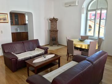 Umag, Dnevna soba v nastanitvi vrste apartment, dostopna klima in WiFi.