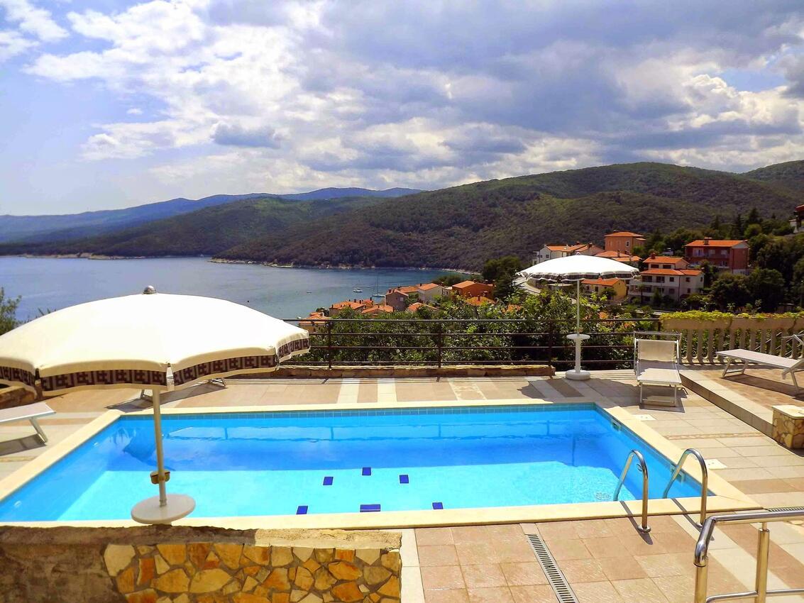 Istrie ubytování s bazénem