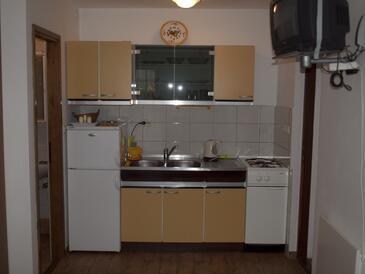 Vir, Кухня в размещении типа studio-apartment, WiFi.