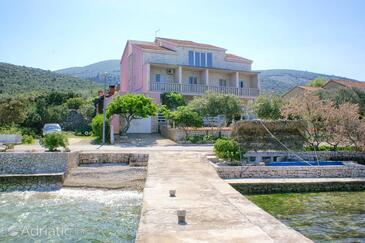 Kneža, Korčula, Objekt 167 - Ubytování v blízkosti moře s oblázkovou pláží.