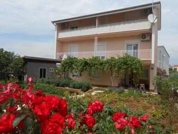 Raslina, Krka, Property 16702 - Apartments with pebble beach.