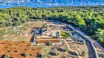 Stari Grad, Hvar, Property 16715 - Vacation Rentals with pebble beach.
