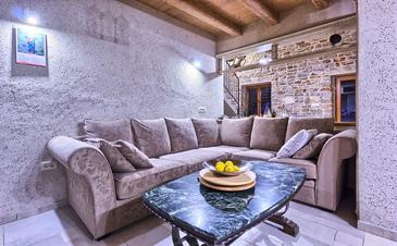 Stari Grad, Living room in the house, air condition available, (pet friendly) and WiFi.