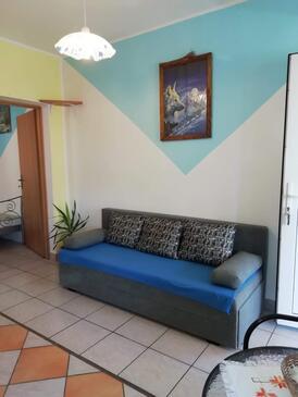 Karin Gornji, Гостиная в размещении типа apartment, Домашние животные допускаются и WiFi.