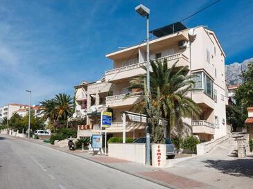 Makarska, Makarska, Szálláshely 16720 - Apartmanok a tenger közelében kavicsos stranddal.