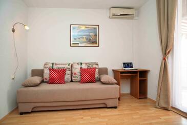 Betina, Гостиная в размещении типа apartment, доступный кондиционер и WiFi.