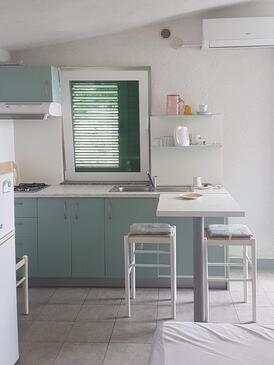Sveti Filip i Jakov, Kuchyně v ubytování typu studio-apartment, WiFi.