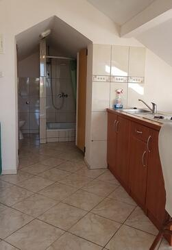 Sveti Filip i Jakov, Kitchen in the studio-apartment, WiFi.