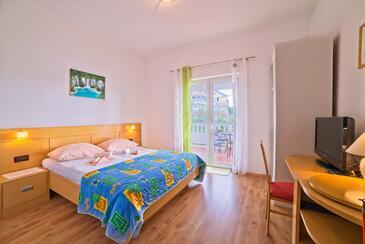 Supetarska Draga - Gonar, Ložnice v ubytování typu room, domácí mazlíčci povoleni a WiFi.