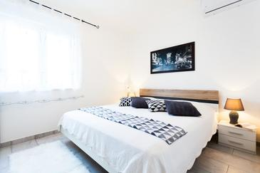 Vela Luka, Bedroom in the room, air condition available and WiFi.