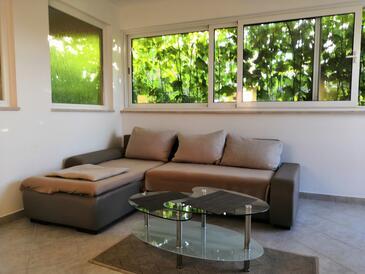 Drvenik Mali, Obývací pokoj v ubytování typu apartment, WiFi.