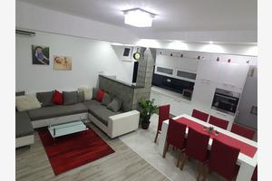 Apartmani uz more Podstrana (Split) - 16793