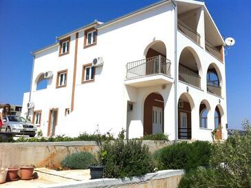 Sevid, Trogir, Objekt 16802 - Ubytování v blízkosti moře s oblázkovou pláží.