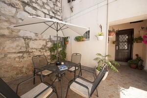 Apartments with WiFi Split - 16814