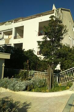 Tučepi, Makarska, Property 16830 - Apartments near sea with pebble beach.
