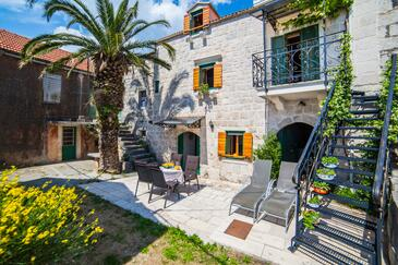 Gornja Podgora, Makarska, Property 16835 - Vacation Rentals with pebble beach.