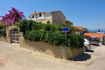 Sutivan, Brač, Объект 16846 - Апартаменты вблизи моря с галечным пляжем.