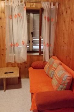 Ražanac, Living room in the house.