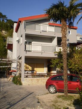 Duće, Omiš, Property 16877 - Apartments near sea with sandy beach.