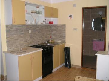 Vir, Kuchyňa v ubytovacej jednotke apartment, WiFi.