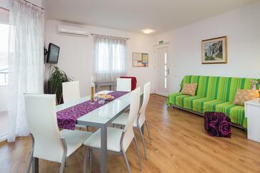 Vinišće, Гостиная в размещении типа apartment, доступный кондиционер, Домашние животные допускаются и WiFi.