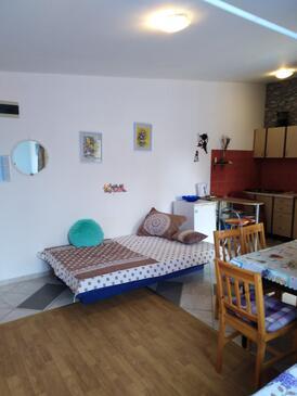 Vir - Lozice, Living room in the studio-apartment, (pet friendly) and WiFi.