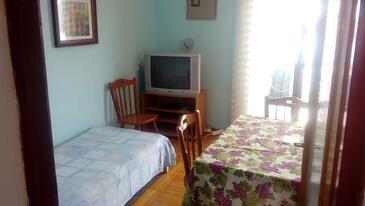 Tisno, Столовая в размещении типа apartment, Домашние животные допускаются и WiFi.