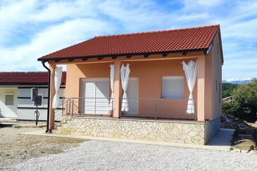 Ljubač, Zadar, Objekt 16964 - Počitniška hiša s peščeno plažo.