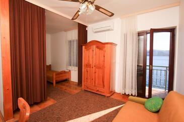 Klek, Гостиная в размещении типа studio-apartment, доступный кондиционер и WiFi.