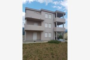 Apartmani s parkingom Novi Vinodolski - 16998