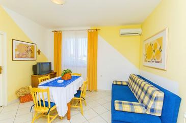 Novalja, Гостиная в размещении типа apartment, доступный кондиционер и WiFi.