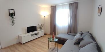 Njivice, Гостиная в размещении типа apartment, WiFi.