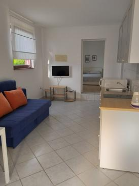 Njivice, Salon dans l'hébergement en type apartment, animaux acceptés et WiFi.