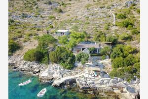 Ribarska kuća za odmor uz more Uvala Špiljice (Brač) - 17031