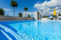 Apartmány a pokoje s bazénem Novalja (Pag) - 17049