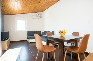 Njivice, Гостиная в размещении типа apartment, доступный кондиционер и WiFi.