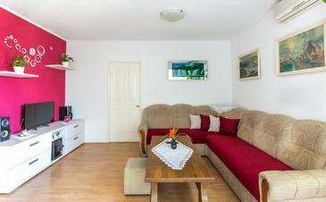 Makarska, Pokój dzienny w zakwaterowaniu typu apartment, Dostępna klimatyzacja i WiFi.