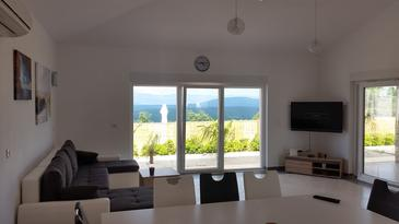 Vrh, Wohnzimmer in folgender Unterkunftsart house, Klimaanlage vorhanden, Haustiere erlaubt und WiFi.