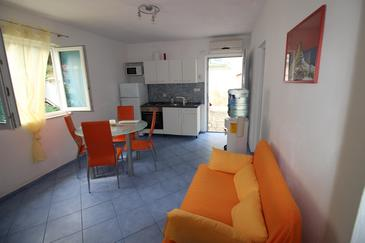 Vela Stiniva, Living room in the apartment, (pet friendly) and WiFi.