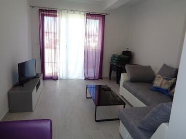 Lopar, Obývací pokoj v ubytování typu apartment, WiFi.
