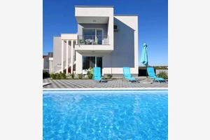Apartmány s bazénem Novalja (Pag) - 17105