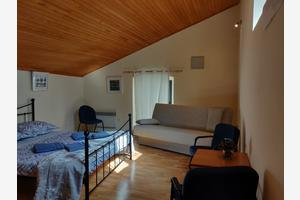 Apartments with WiFi Šibenik - 17118