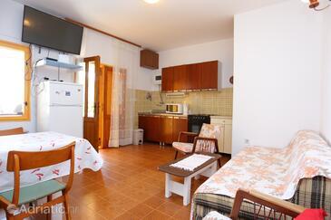 Seget Vranjica, Salon dans l'hébergement en type apartment, climatisation disponible et WiFi.