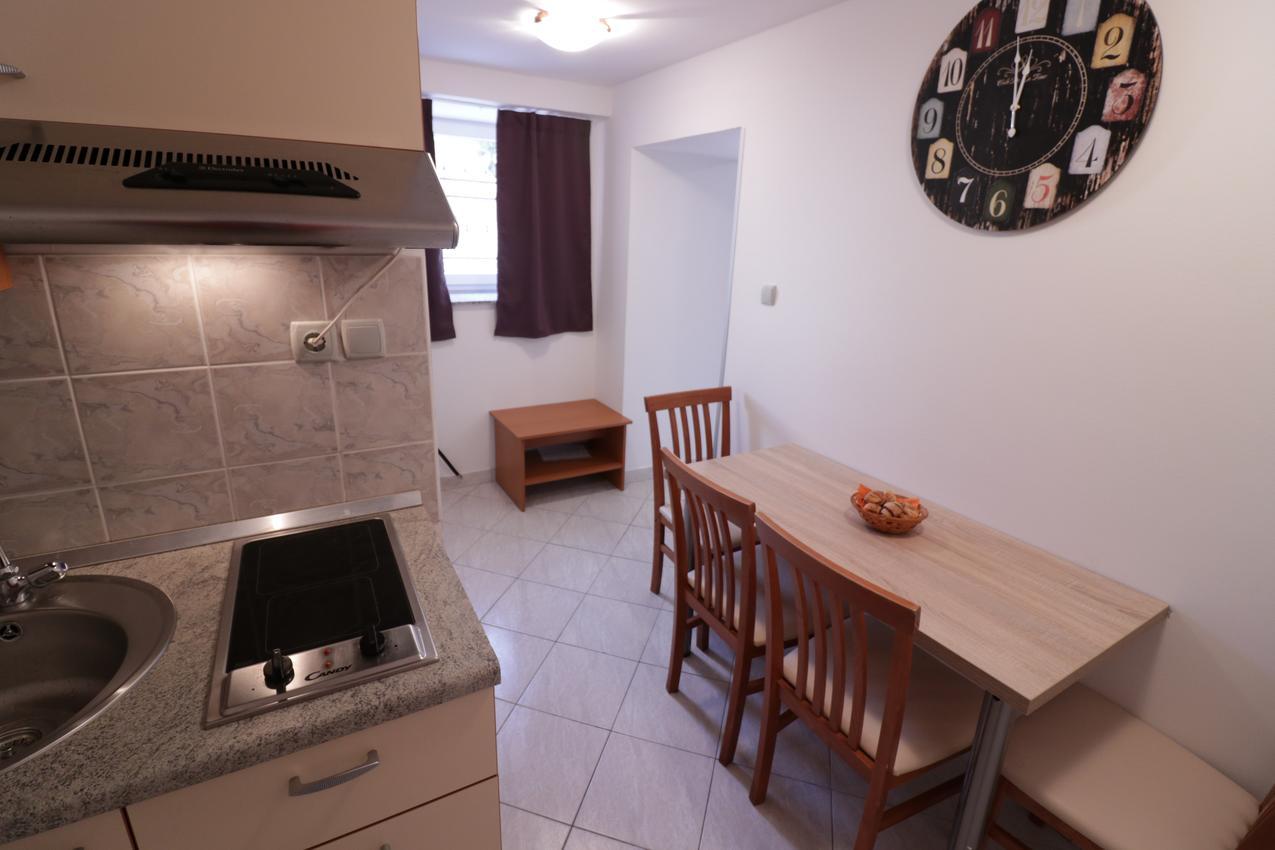 Appartement de vacances im Ort Novalja (Pag), Kapazität 4+0 (2613358), Novalja, Île de Pag, Kvarner, Croatie, image 3