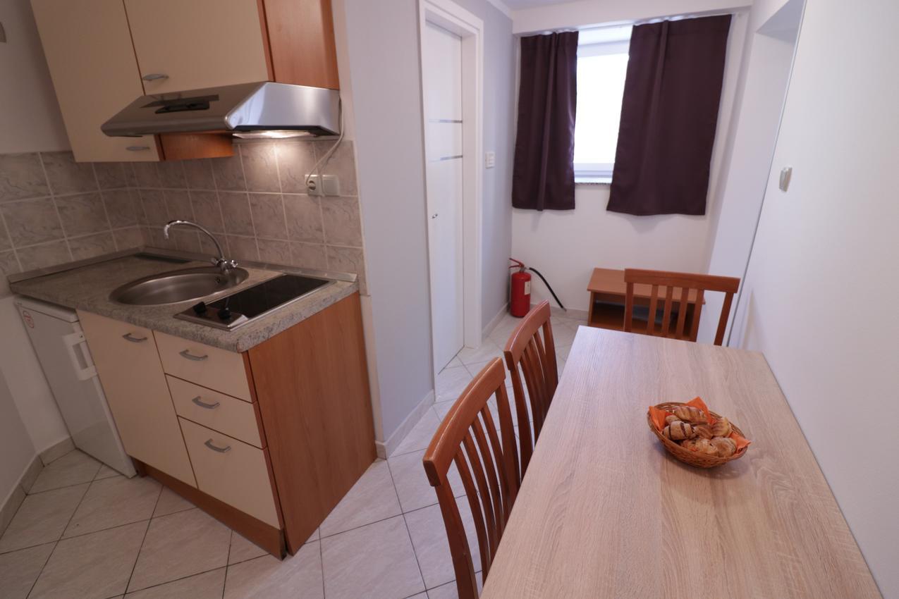 Appartement de vacances im Ort Novalja (Pag), Kapazität 4+0 (2613358), Novalja, Île de Pag, Kvarner, Croatie, image 4