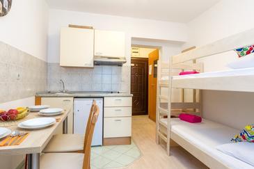 Novalja, Столовая в размещении типа apartment, WiFi.